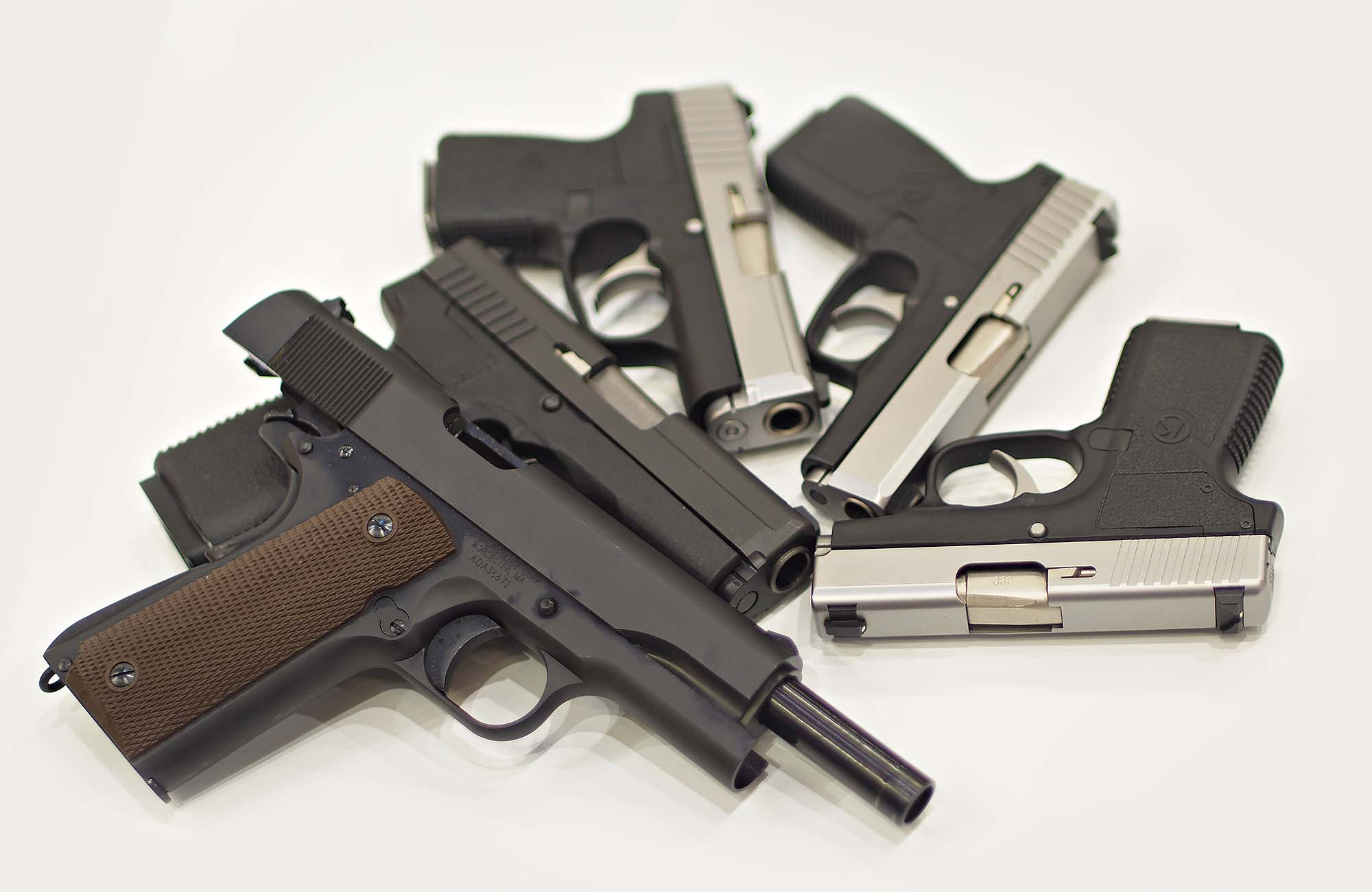VIDEO: Kahr Arms and Auto Ordnance 2016 new pistols | GUNSweek com