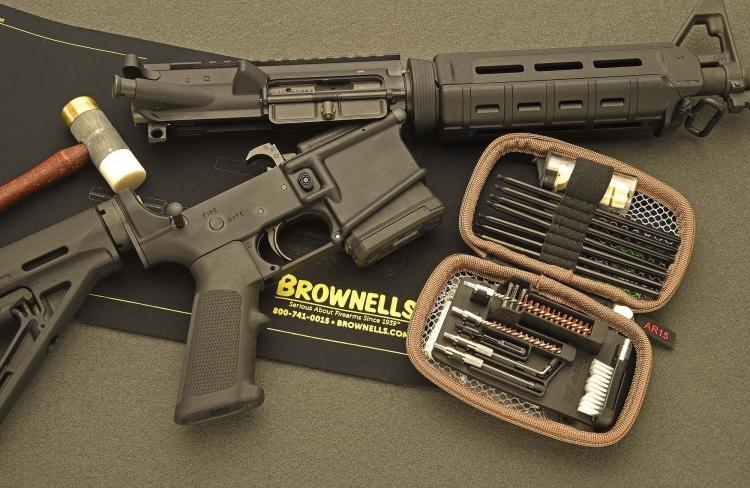 Distribuito tramite la piattaforma Brownells, questo kit della Real Avid è specificamente pensato per le armi di tipo AR-15
