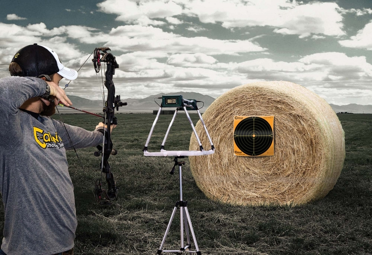 Il calcolatore Caldwell Ballistic Precision Chronograph G2 è utilizzabile con armi da fuoco o ad aria compressa, archi e balestre