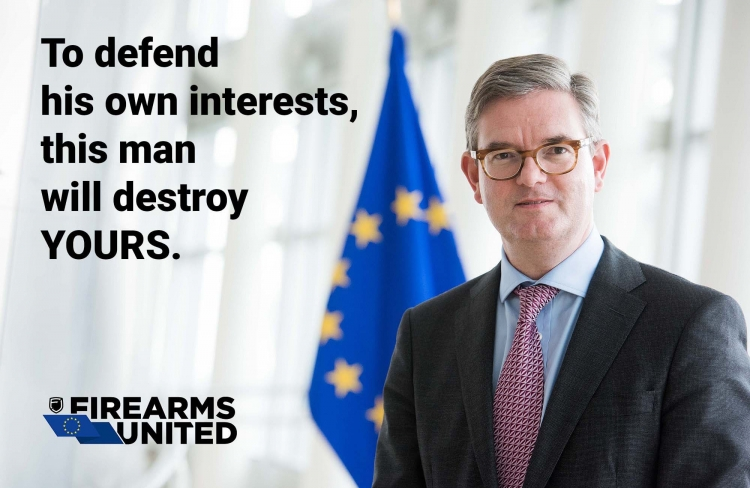 Julian King, European Commissioner for Security Union, pushed during the trilogue for a total ban on all AR-15 and AK-47 variants