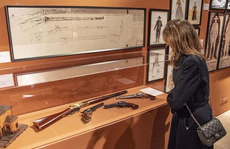 Alcune armi Uberti alla mostra dedicata a Sergio Leone