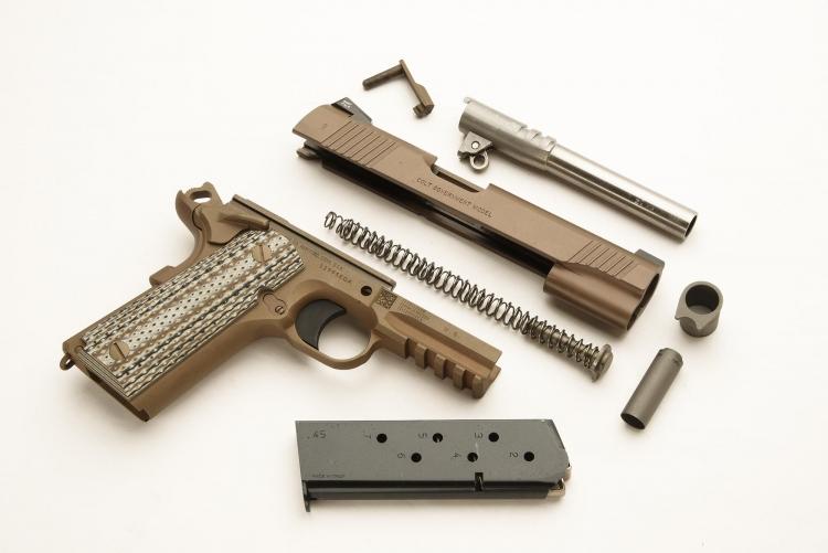 La Colt M45A1 CQBP rappresenta la quintessenza dell'incarnazione della 1911 per il 21mo secolo, ma a parte le implementazioni introdotte dalla Serie 80, la pistola è sempre quella che John Moses Browning progetto oltre cento anni fa