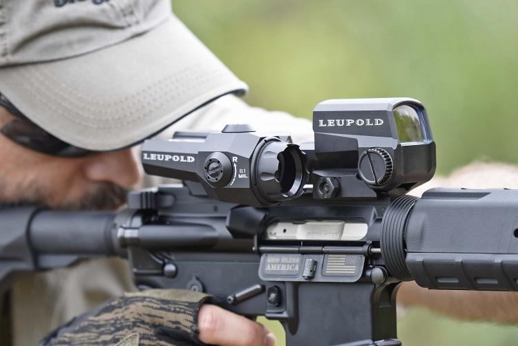 """The Puritan"": l'AR-15 di base di P.O.F. USA"