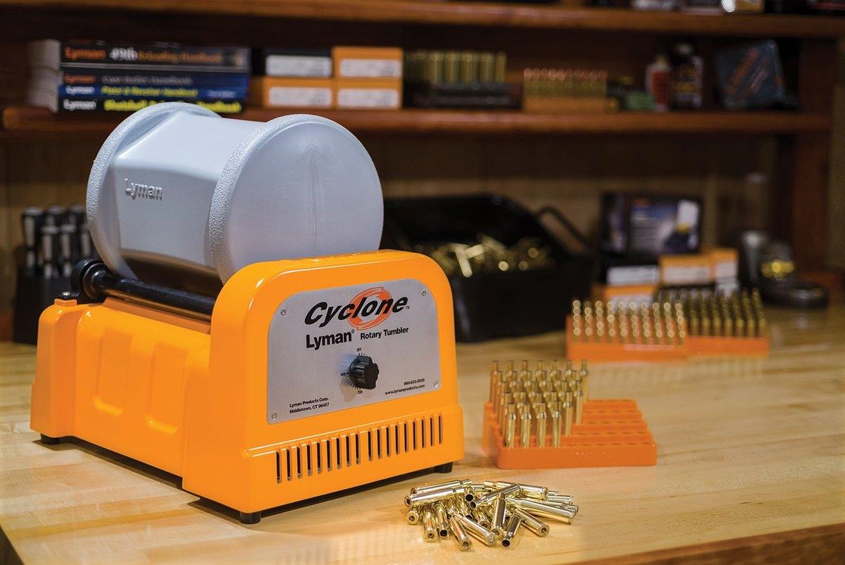 Lyman Cyclone: un pulitore ad aghi ad alta efficienza per bossoli e parti d'arma