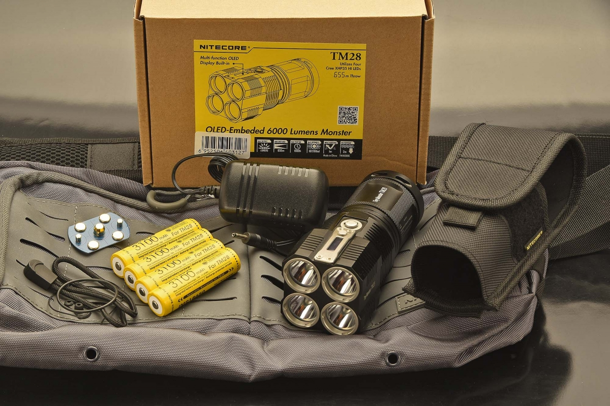 This is the standard dotation of the Nitecore TM28 flashlight package