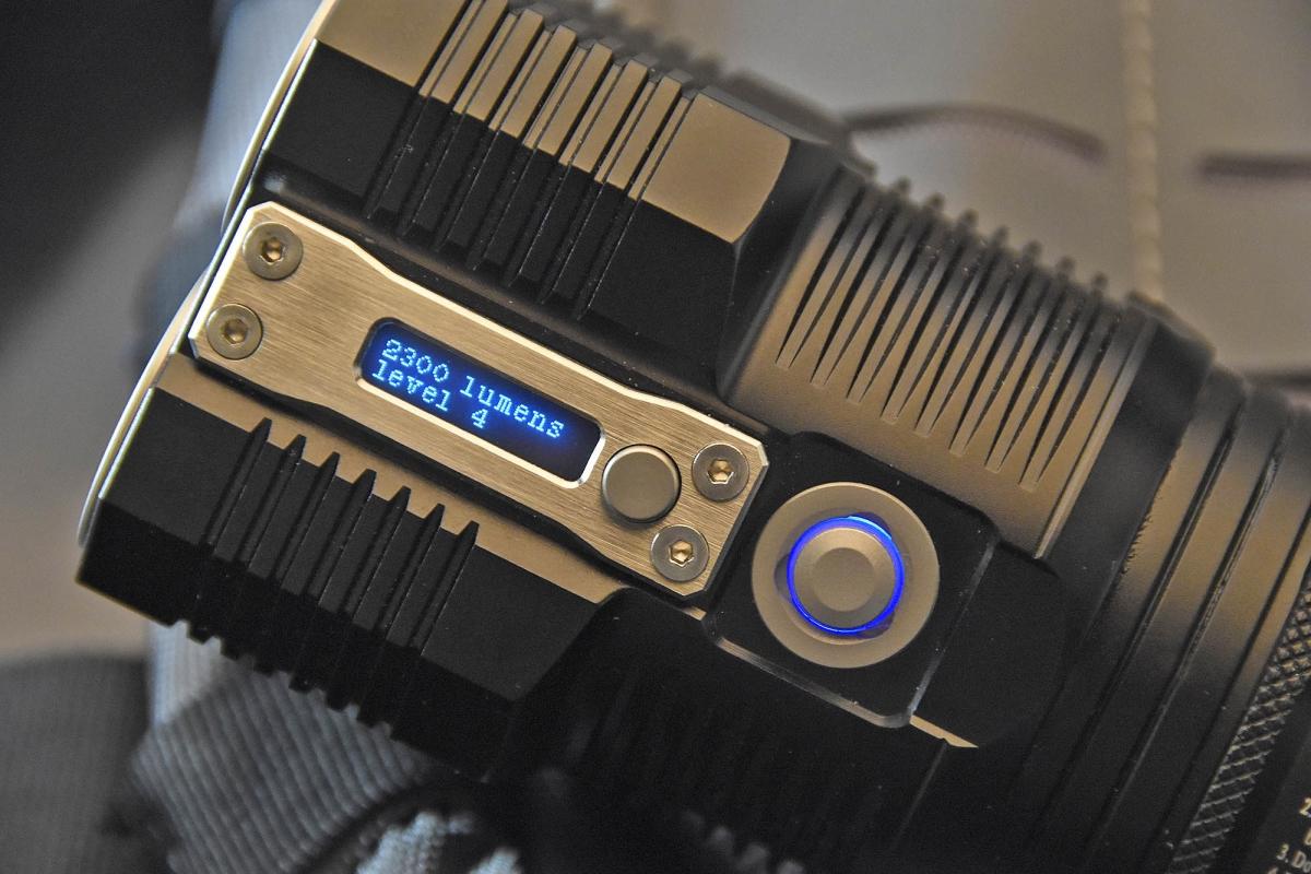 Le impostazioni si gestiscono grazie al pulsante visibile a destra, mentre sullo schermo appaiono i vari dati di controllo...