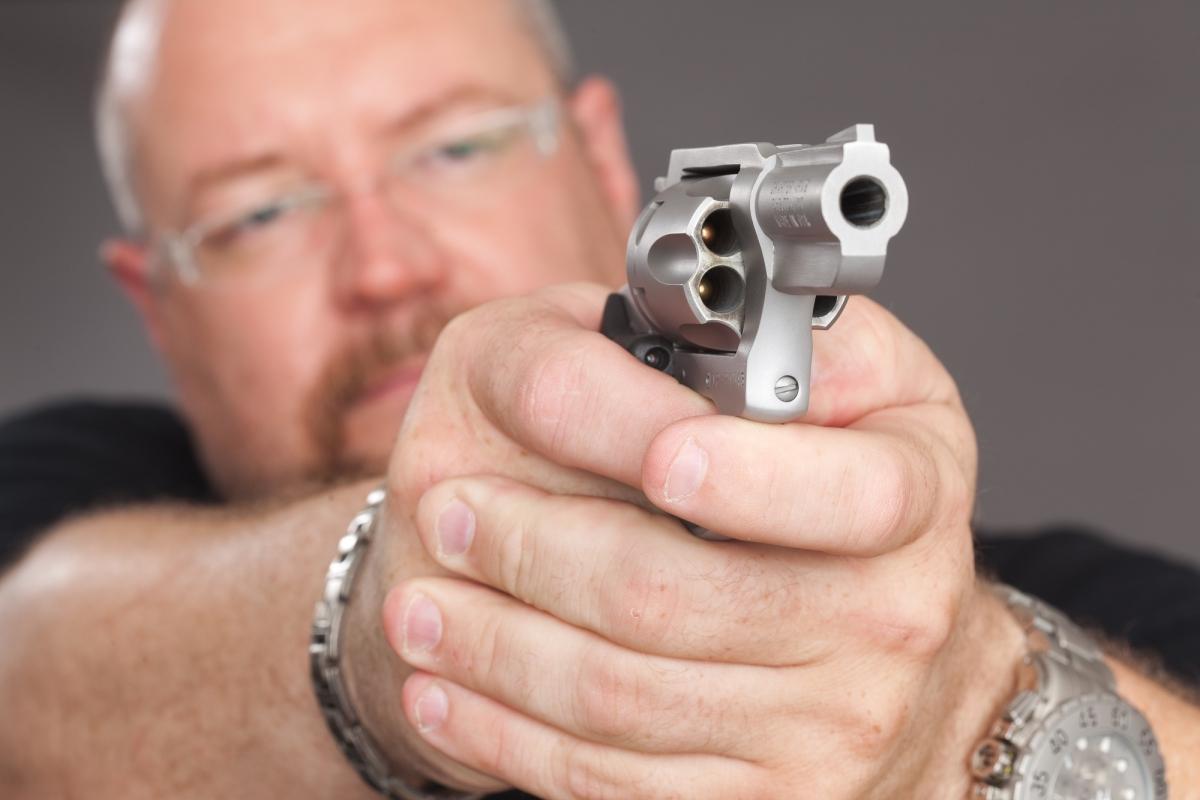 Ovviamente per i sostenitgori del 'Gun Control', l'idea che liberi cittadini possano armarsi per difendersi è assolutamente inaccettabile