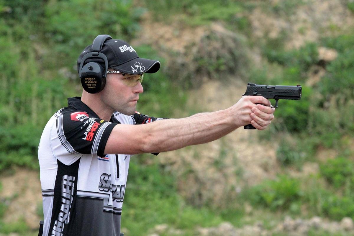 """La SIG Sauer ha annunciato un programma di """"modifiche volontarie"""" per le pistole della linea SIG Sauer P320"""