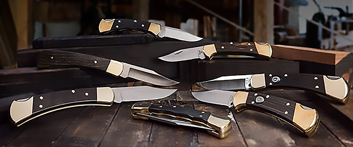 The 50+ years old family of Buck 110 Hunter and 112 Ranger folding knives