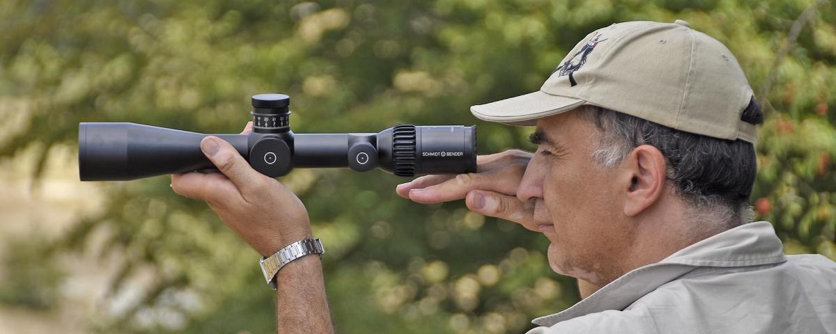 Al di là dei tecnicismi, per occhi esperti, traguardare il bersaglio attraverso le lenti di uno Schmidt & Bender è sempre un piacere