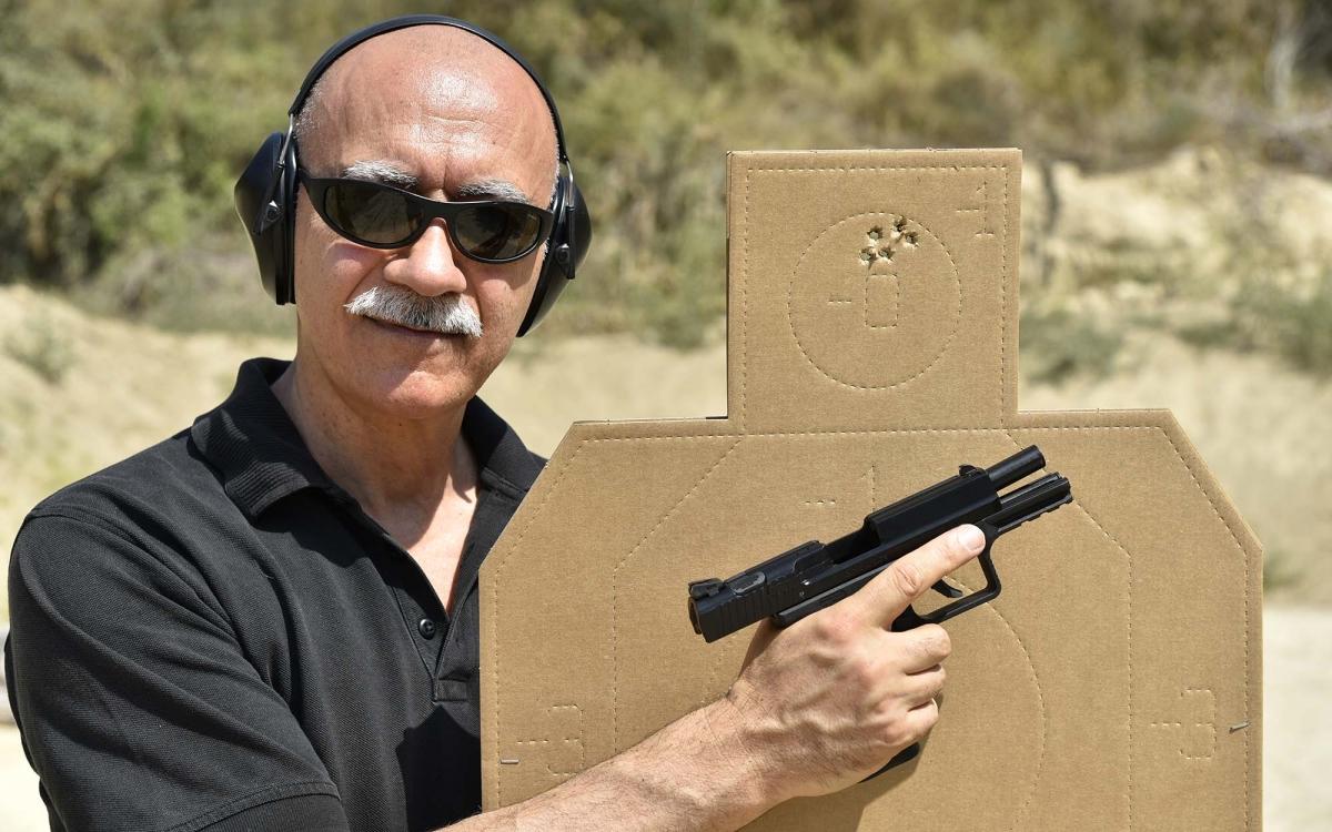"""Perché le pistole """"Striker Fired"""" hanno conquistato il mondo"""