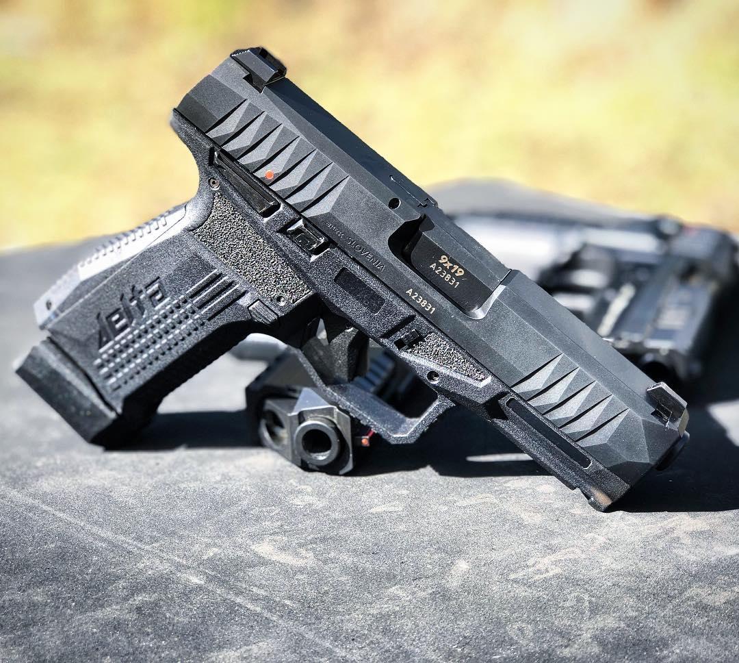 AREX Rex Firearms Delta: la nuova polimerica slovena