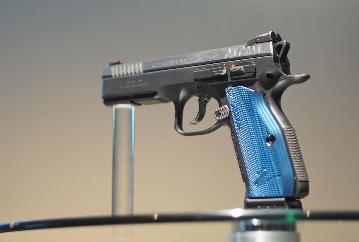 Pistola semiautomatica da competizione CZ Shadow2