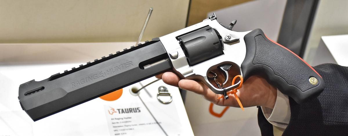 Taurus Raging Hunter