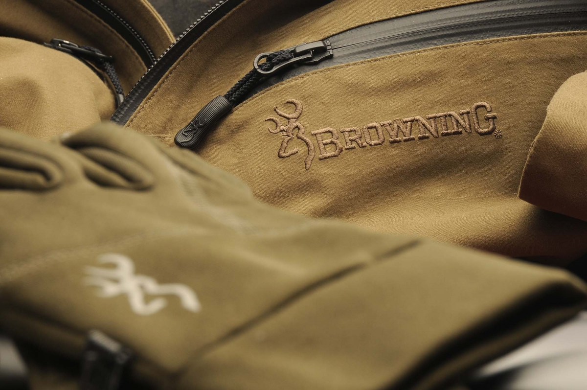 Browning Featherlight Dynamic hunting clothing