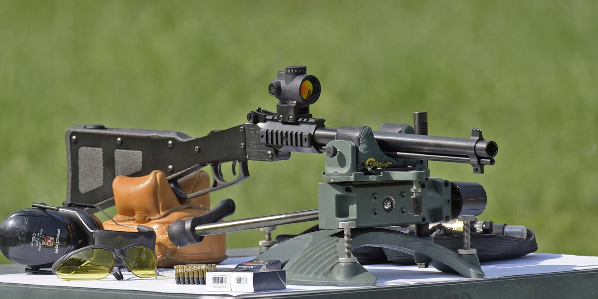 The Chiappa M6 combination gun derives from an US Air Force project from the late '50s