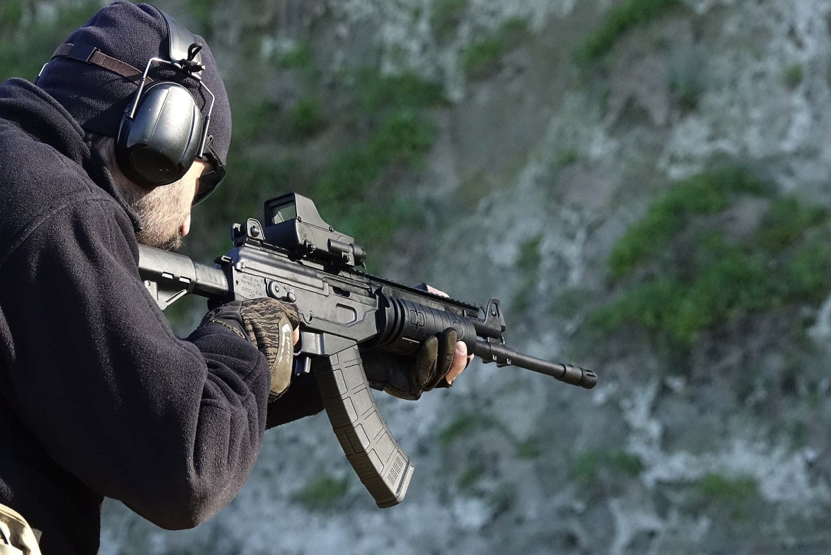 Another image of the IWI Galil rifle in action