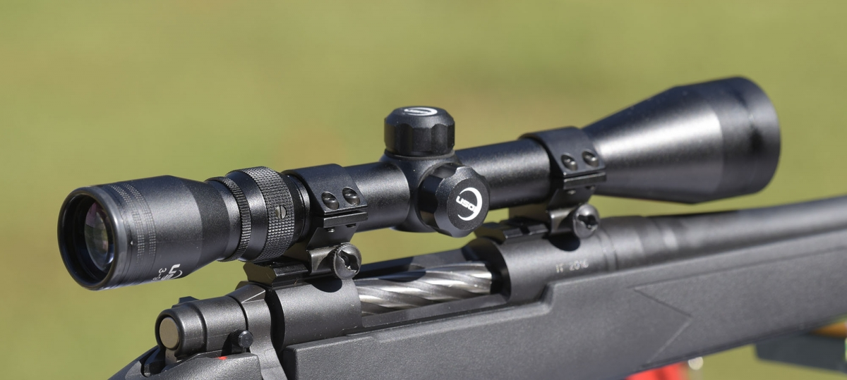 The USOI 3-9x40 riflescope that comes with the Mosbberg Patriot rifle