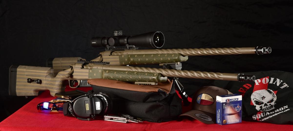 Due esemplari del nuovo Remington 40-X Start and Stripes, nei calibri .308 Winchester e .338 Lapua Magnum