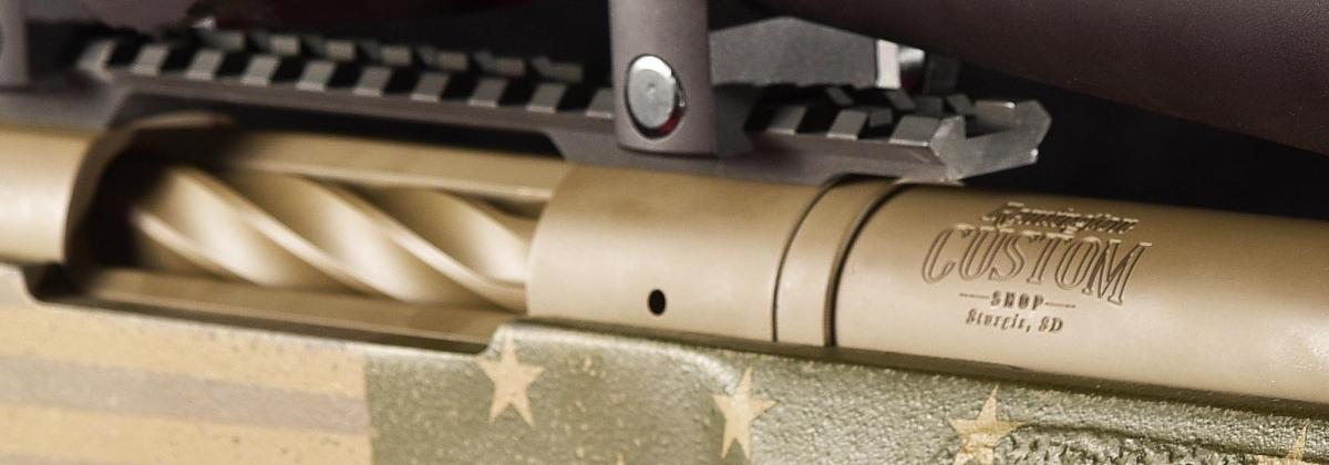 La canna del Remington 40-X Star and Stripes riporta la marcatura del Custom Shop Remington