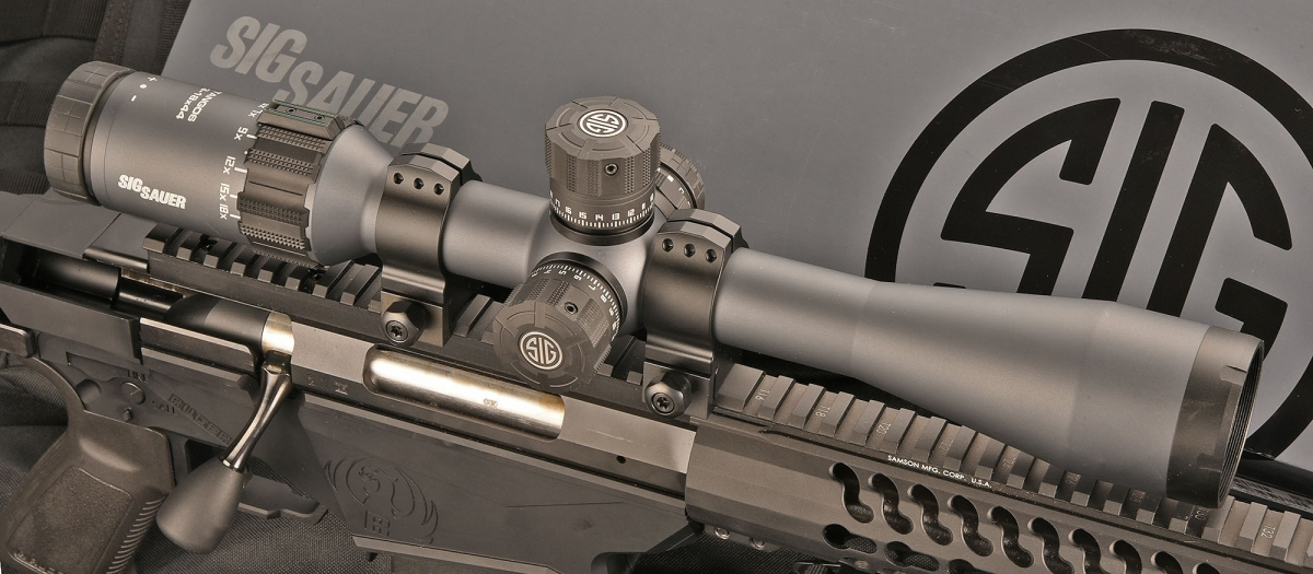 Le slitte Picatinny permettono di montare qualunque tipo di ottica o altro sistema di puntamento.