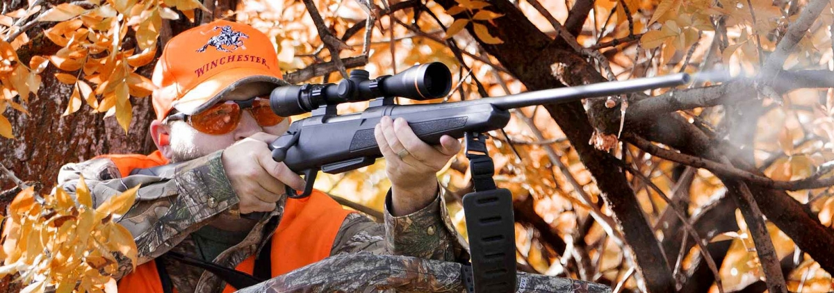 Even if still very popular, lever action rifles are not anymore best sellers among shooters and hunters, but bolt-action rifles yes: the new Winchester XPR bolt action rifle brings on the company tradition for quality, yet affordable rifles