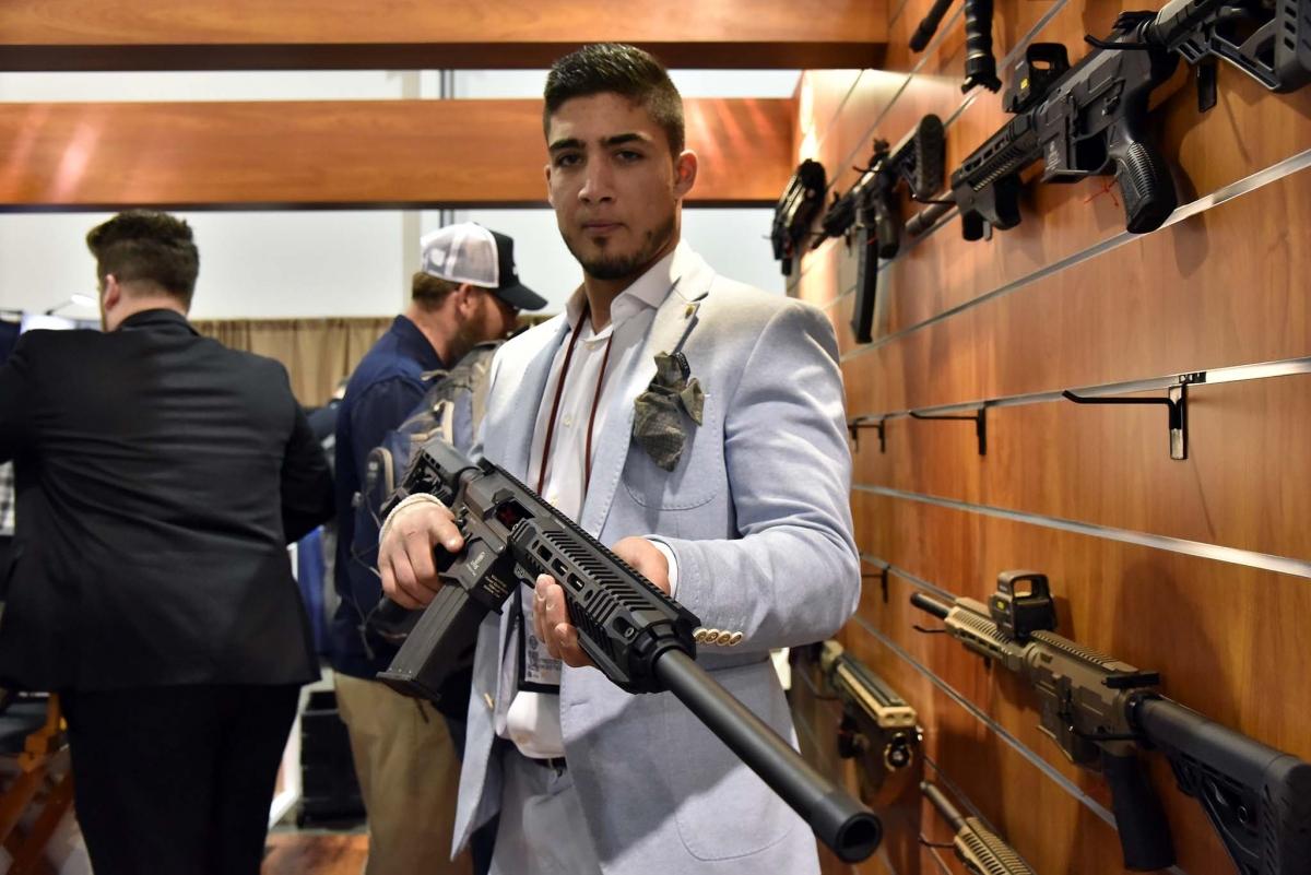 UTAS USA showcases the XTR-12 rifle/shotgun combo at the 2017 SHOT Show