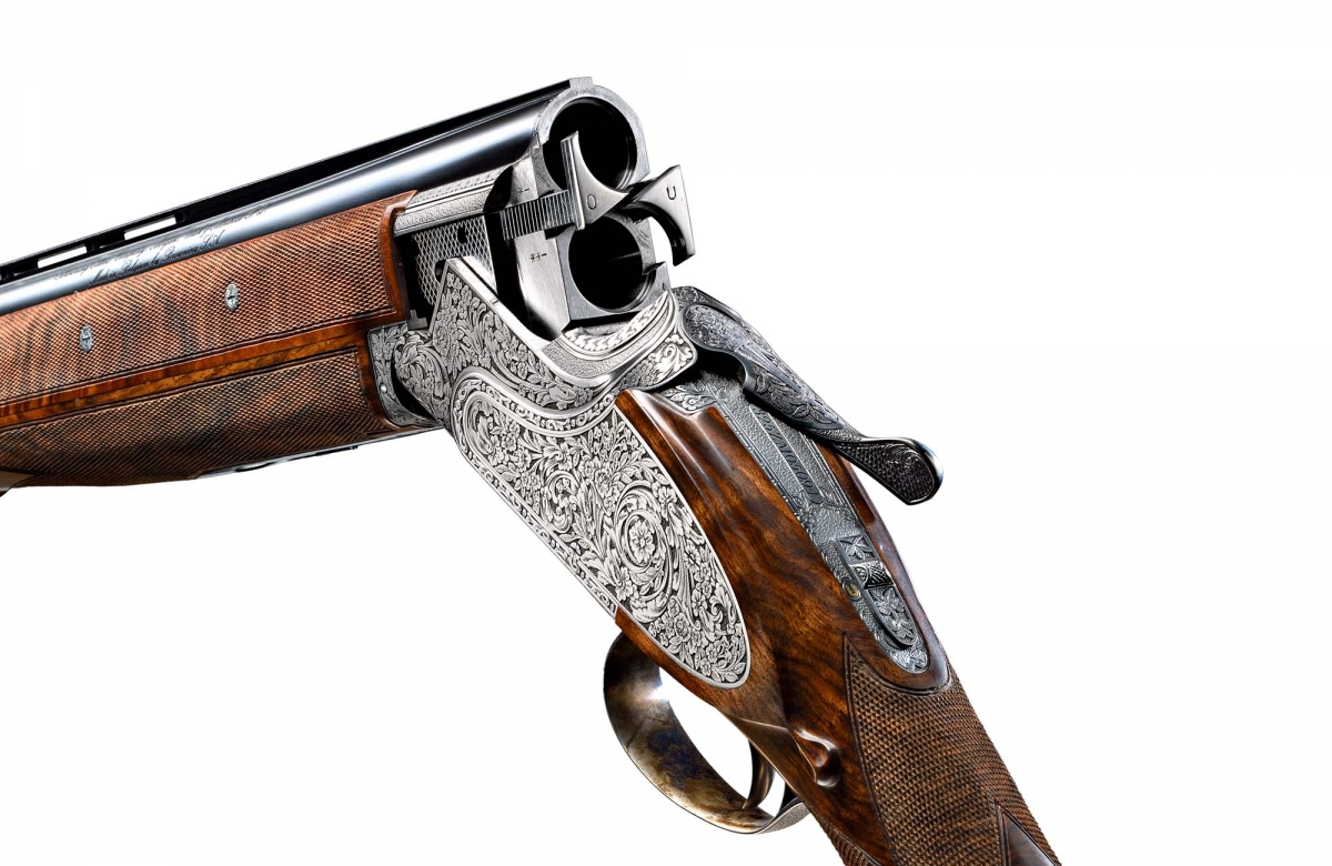 A finely engraved Browning B25