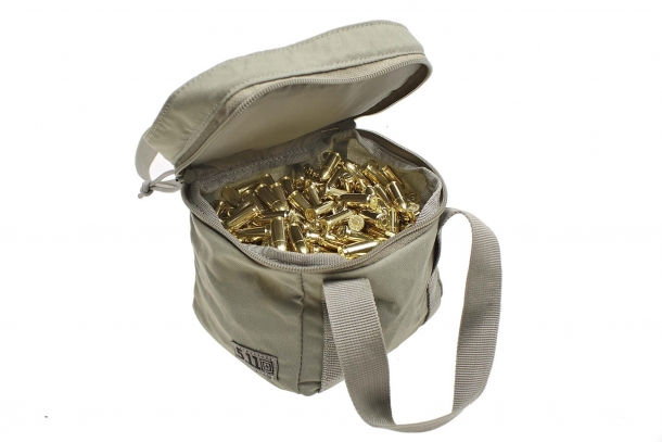 The 5.11 Range Master series bags can be accessorized with a wide variety of purpose-specific internal pouches