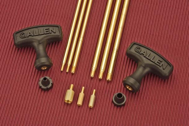 Il kit include due bacchette in ottone, di sezione differente, adatte per armi corte e lunghe