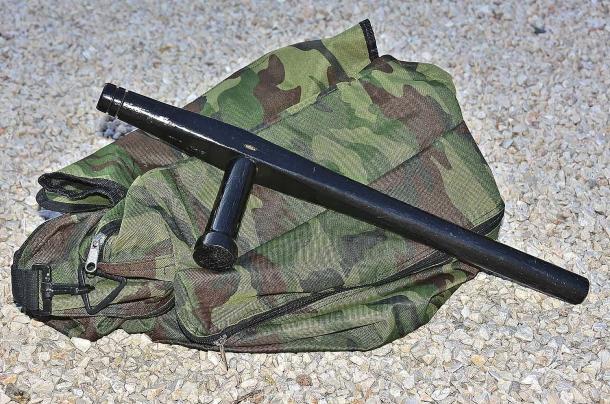 Il Tonfa: in dotazione alle Forze di Polizia, richiede un addestramento intenso e dovrebbe essere utilizzato da professionisti esperti