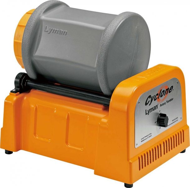The Lyman Cyclone comes with a timer dial, providing up to 3 hours of continuous runtime
