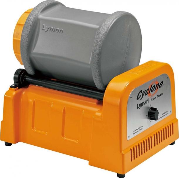 Il pulitore per bossoli Il Lyman Cyclone presenta un timer analogico che consente di programmare il funzionamento fino a tre ore