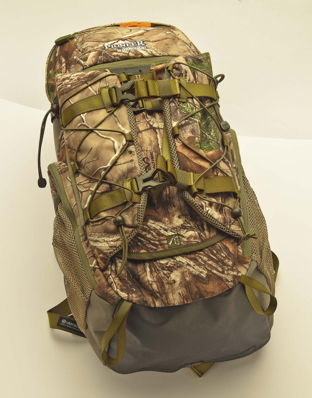 The Vanguard Pioneer 2100RT backpack