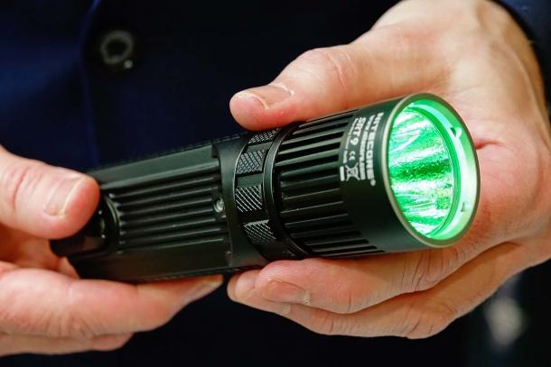 The Nitecore SRT9 green filter