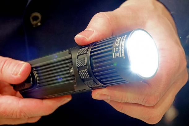 The SRT9 has a 2.150 lumens output and features an UV light also