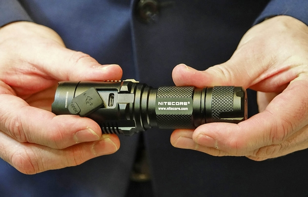 The USB port of the Nitecore MH20GT