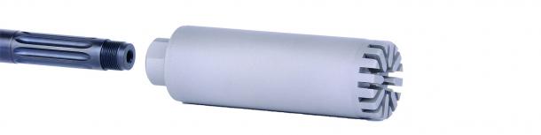 Il silenziatore B&T M.A.R.S. DM, installato direttamente sulla filettatura della volata