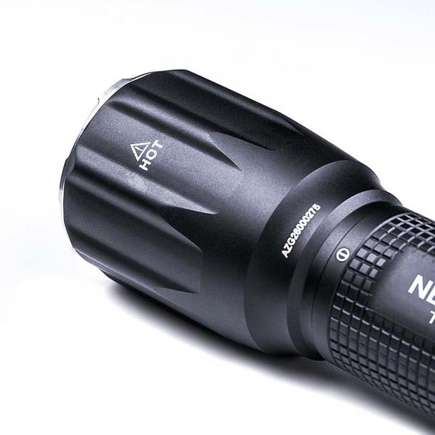 Nextorch TA30 MAX, la nuova e potente torcia tattica multifunzione
