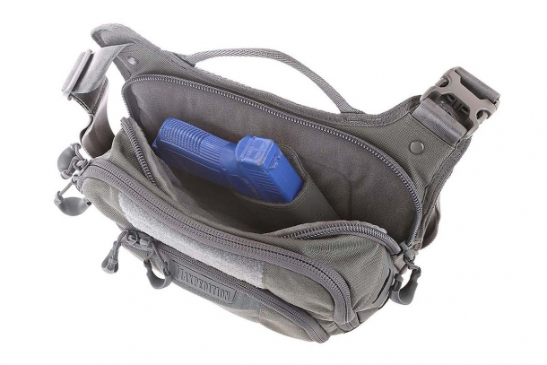 Le borse Maxpedition della serie AGR sono molto versatili, con molte opzioni interne per riporre le vostre cose