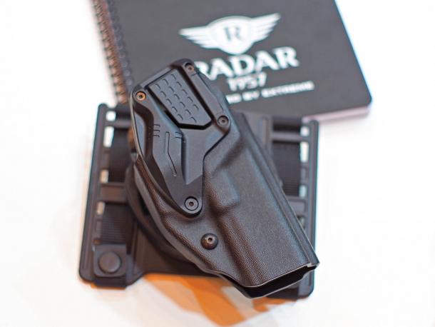 La fondina da pistola RADAR 6257 LTG, recentemente adottata dalla polizia federale tedesca (Bundespolizei)
