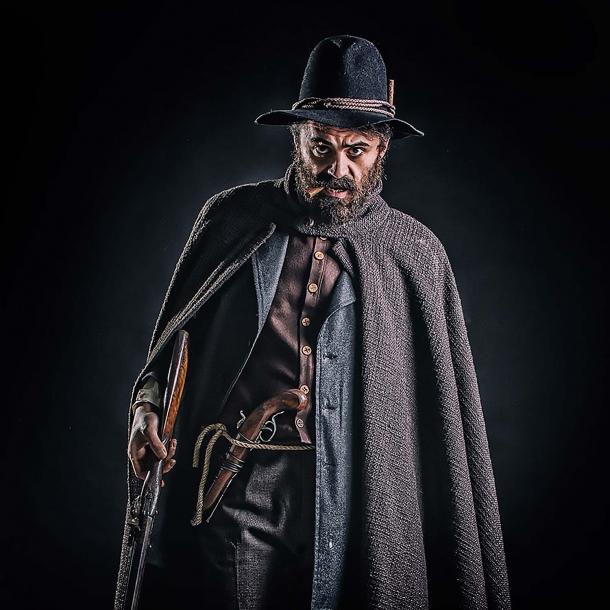 Terenzio Grossi (attore: Camillo Ciorciaro)