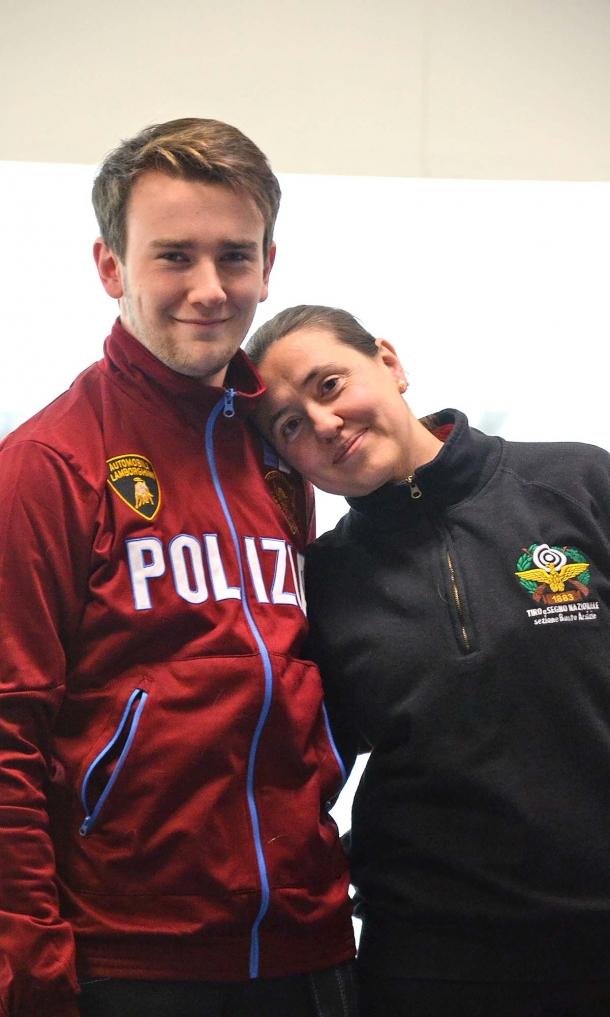 Riccardo Armiraglio insieme alla sua ragazza Sabrina Maniscalco, anche lei tiratrice