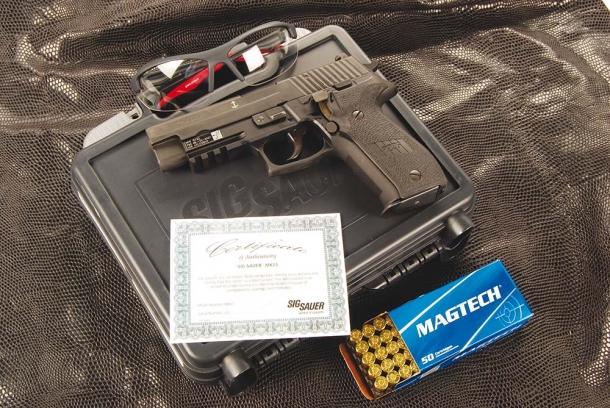 SIG-SAUER P226 MK25 NAVY