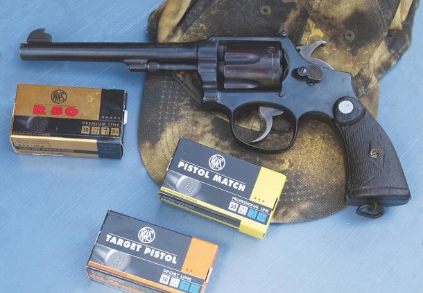 Tre cartucce RWS .22 LR da arma corta