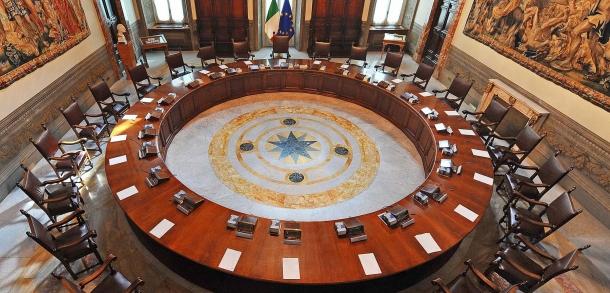 Il governo dovrà valutare i pareri e le condizioni di Camera e Senato ed emanare la versione finale del decreto legislativo entro settembre