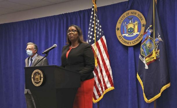 Letitia James, Procuratore generale dello Stato di New York, a dichiarato ad agosto 2020 di voler ottenere per vie legali lo scioglimento dell'NRA