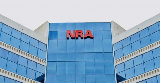 L'NRA ha risposto alla causa con una controquerela, accusando il PG James di abuso di potere