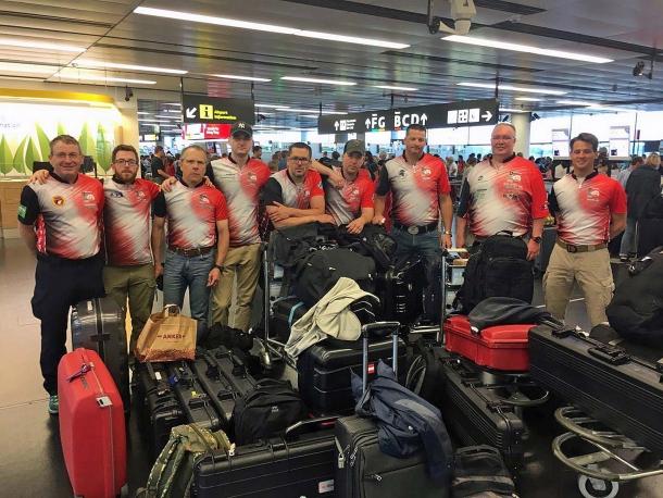 La rappresentanza nazionale IPSC austriaca bloccata all'aeroporto di Vienna-Schwechat il 2 giugno 2017