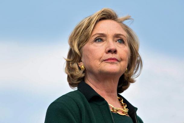 Hillary Clinton: la candidata democratica alla presidenza USA è una nota avversaria del Secondo Emendamento